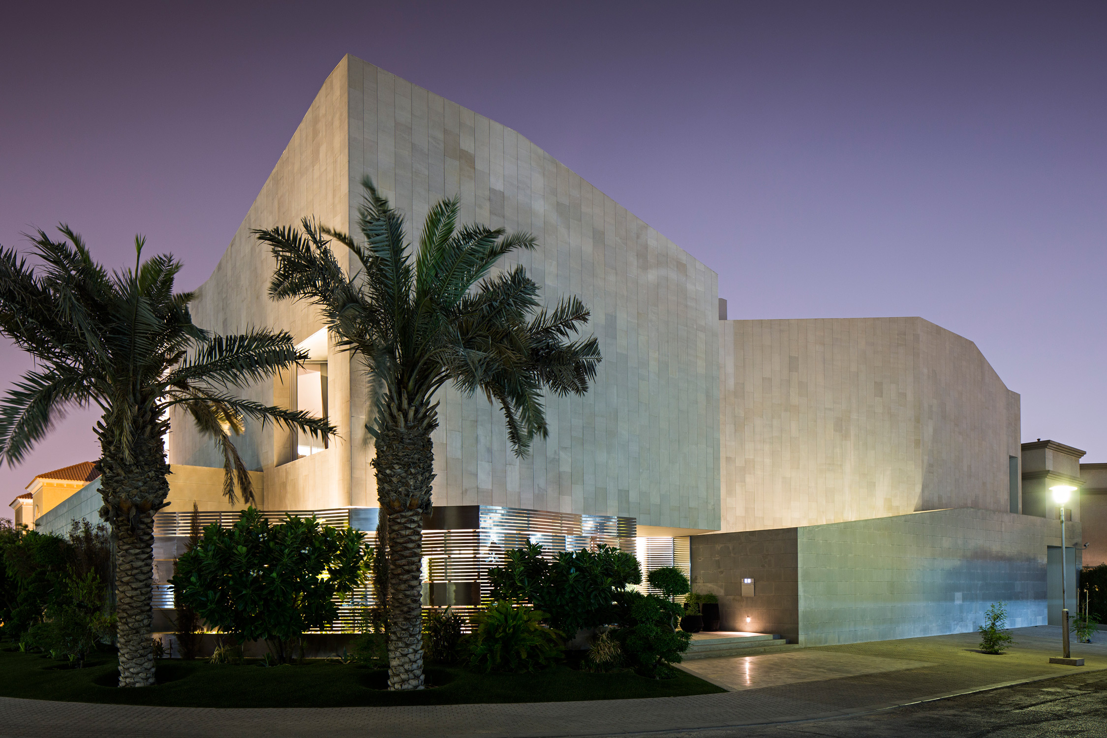AGI_WALL_HOUSE_KUWAIT_081015_1001