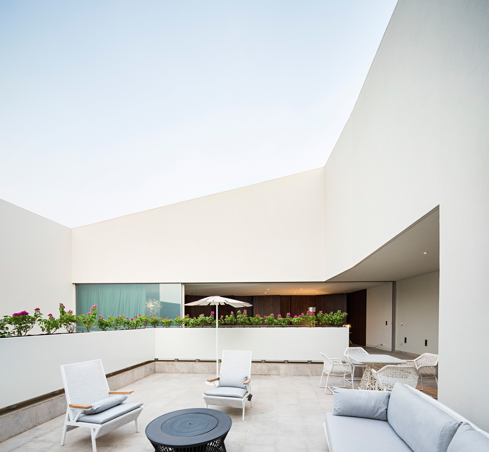 AGI_WALL_HOUSE_KUWAIT_PAN_081015_0077